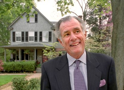 Frank DeFord will be the commencement speaker at Washington College.