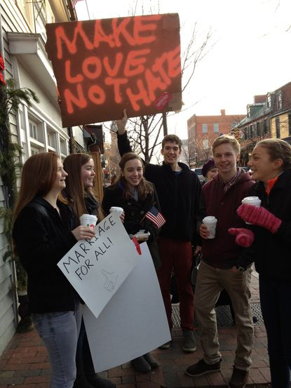 Westboro Baptist members protest same-sex marriages in Maryland