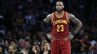 What they're saying about LeBron James' deal with the Lakers