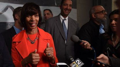 Baltimore, Md--10/18/17--Mayor Catherine Pugh gives the thumbs after speaking with reporters following ceremony where she signed the cover letter of the city's proposal to locate Amazon's second headquarters (HQ2) in Baltimore. Kim Hairston/Baltimore Sun.