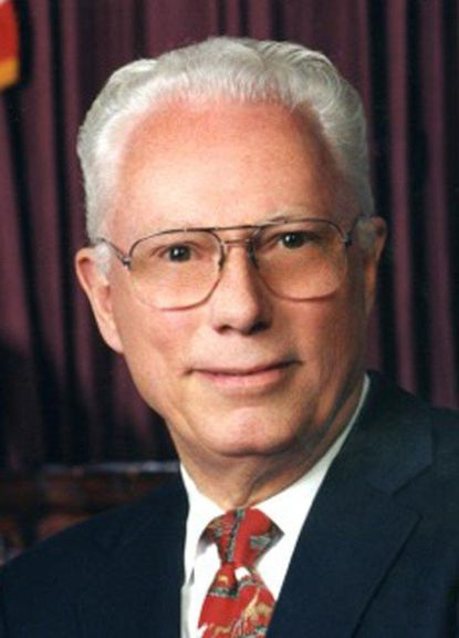 """Willliam B. Dulany died March 19 at <runtime:topic id=""""ORGHC00049"""">Sinai Hospital</runtime:topic>. He was 89."""