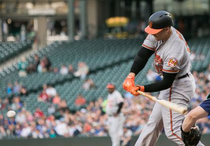 Chris Davis produces three-hit night from the bottom third of the order