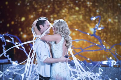 """Sasha Farber proposes to Emma Slater on """"Dancing With the Stars."""""""