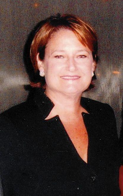 Maria R. Gamper, administrator and avid tennis player, dies