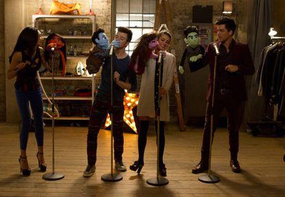"""Glee,"" scene from ""Puppet Master"" episode"