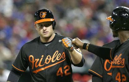Orioles' Mark Trumbo named co-AL Player of the Week