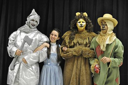 Musicals take the stage at Mt. Hebron, Centennial [Ellicott City]