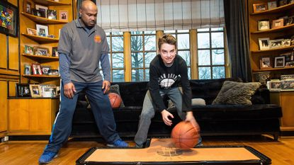 Basketball ad brings together Pikesville teen and former NBA star Tim Hardaway