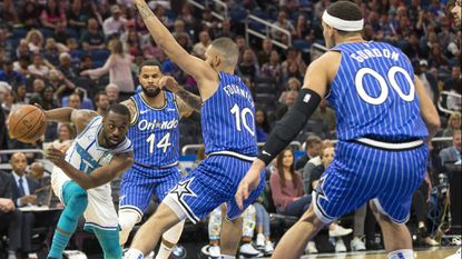 Magic rout Hornets 127-89, win five straight for first time since 2015