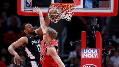 Jabari Parker and Bobby Portis make emotional return to the United Center as the Wizards top the Bulls 134-125