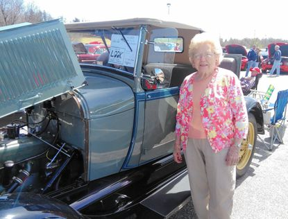 Manchester resident shares passion for antique cars