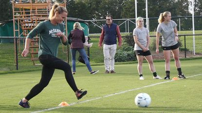 Olympian Christie Pearce mentors McDaniel College soccer players