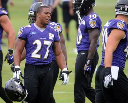 Former Ravens teammates say Ray Rice deserves second chance in NFL