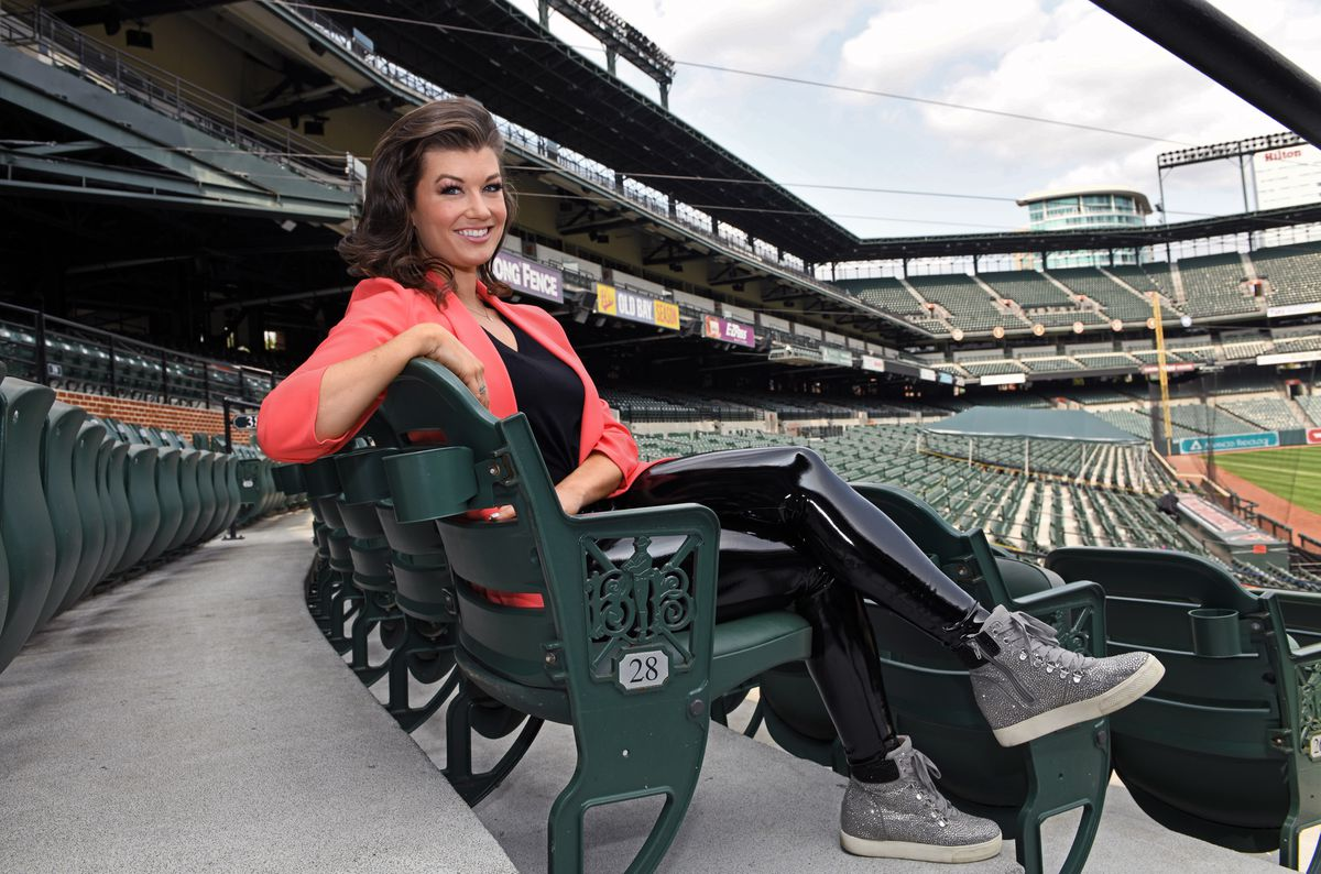 Orioles announcer Melanie Newman joins small club of female play-by-play voices: 'It's not just a one-person fight anymore'