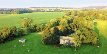 Horse-country farm up for auction in Glyndon