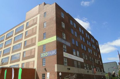 Plans call for a high-end market on the ground level of the apartment building 520 Park.