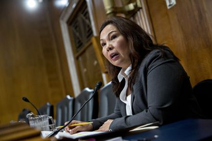 Sen. Tammy Duckworth: I swore an oath to the Constitution, not to clap when Trump demands