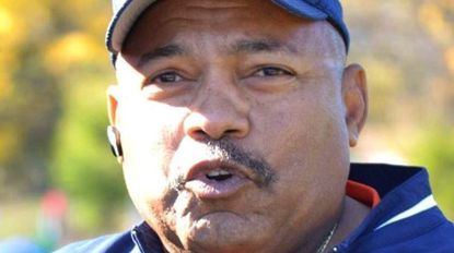 Kenneth Lee Smith, track coach, race official and teacher, dies
