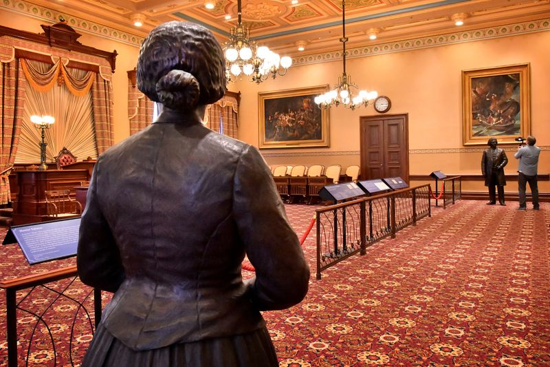 'A room with a different view': Maryland unveils statues of Harriet Tubman, Frederick Douglass in State House