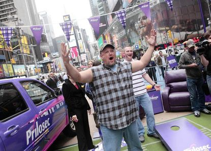Larry the Cable Guy to promote heartburn at M&T Bank Stadium