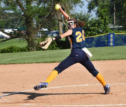 Catonsville senior pitcher Sammi Sisolak pitched her third straight shutout to lead the Comets to the state championship game for the first time since 2003.