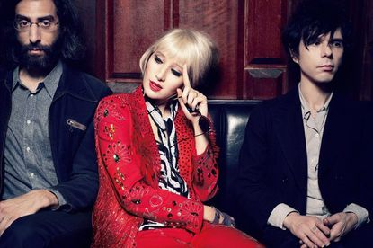 Yeah Yeah Yeahs announce April 16 release of new album, 'Mosquito'