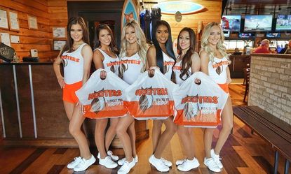 $10 off a $20 to-go order at Hooters
