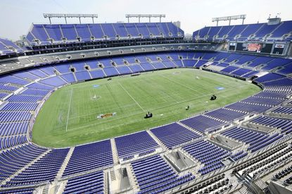 M&T Bank Stadium gives U2 a huge circular stage to entertain as many as 80,000 people and boost Baltimore's economy.