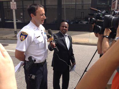 Cops and probation officers visit 1,000 parolees