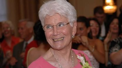 Joan Muth, retired medical secretary, community volunteer and family matriarch, dies