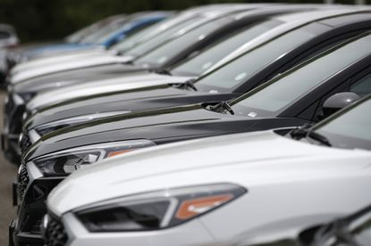 Car buyers' best cost-saving move — shop for a loan first