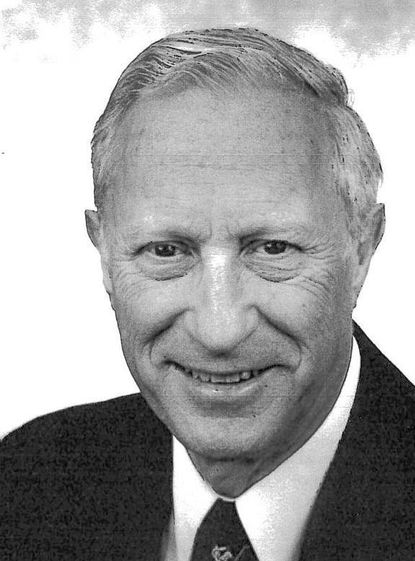 Dr. Carroll Weinberg, psychiatrist and Stevenson Road doctor, dies at age 87