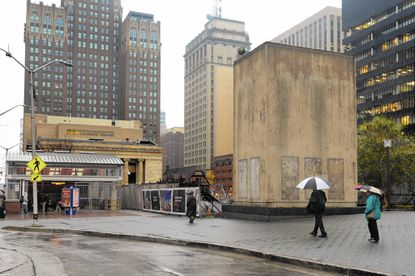 Parking garage dispute holds up work on Mechanic theater site