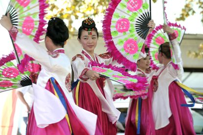 Passing the past along at Korean Festival