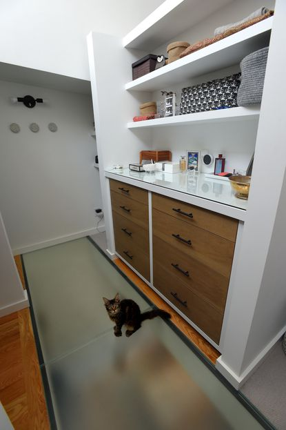How A Baltimore Couple Added A 400 Pound Frosted Glass Floor To