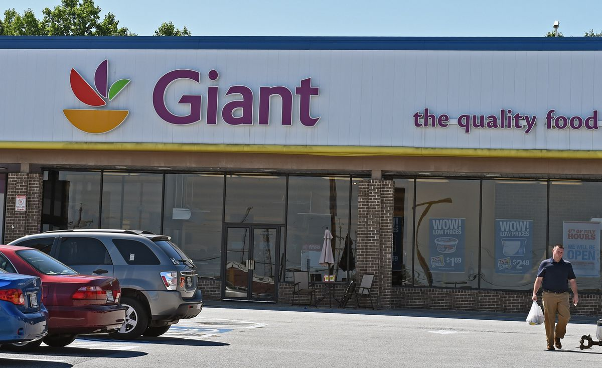 Giant Food Grocery Store At Former Owings Mills Mall Site