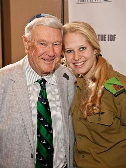 FIDF Donor Lenny Attman is pictured with Risa Kelemer of the Israel Defense Force at the Friends of the IDF Gala, Oct. 23.