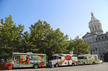 Food truck owners continue fight to overturn city's '300-foot rule'