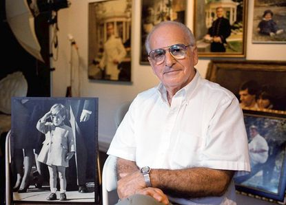 Stearns, who took famous picture of JFK Jr., dies at 76
