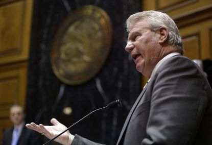 As Arizona deals with gay rights furor, Indiana drops hot-button bill