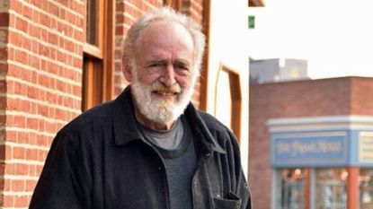 """Charles E. """"Chuck"""" Doering ran a popular Fells Point bar and restaurant. he died Friday at age 74."""