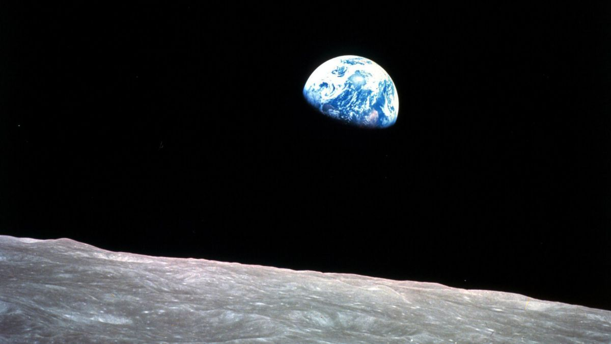 Dec. 24, 1968: Apollo 8 astronauts snapped the 'most consciousness-raising' photo ever   COMMENTARY
