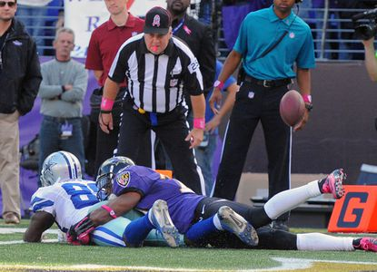 Cary Williams brings down Cowboys receiver Dez Bryant