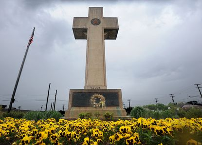 """The U.S. District Court for the District of Maryland ruled on Monday that even though the Bladensburg World War I Veterans Memorial takes the shape of a cross, its purpose is not primarily religious. Therefore, the court found, it does not violate the First Amendment's provision that """"Congress shall make no law respecting an establishment of religion."""""""