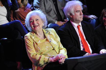 """She's not competing, but Betty White graced """"The Voice"""" with her presence."""