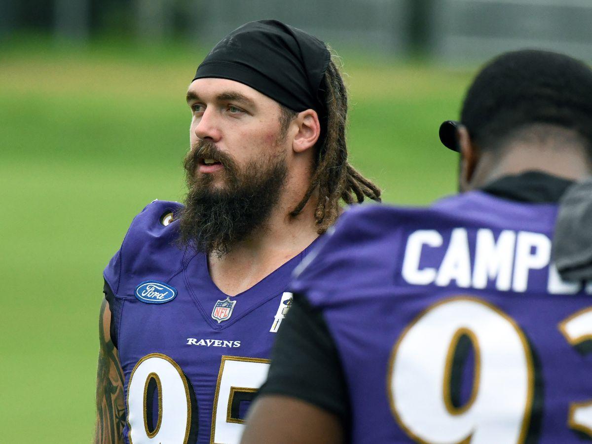 'Lingering' injury has sidelined Ravens DE Derek Wolfe at practice - Baltimore Sun