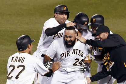 Orioles make one-year deal with Pedro Alvarez official