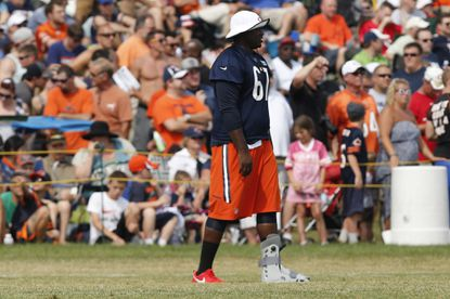 Mills misses another Bears practice -- but ditches walking boot