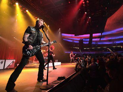 Metallica to kick off North American tour in Baltimore at M&T Bank Stadium