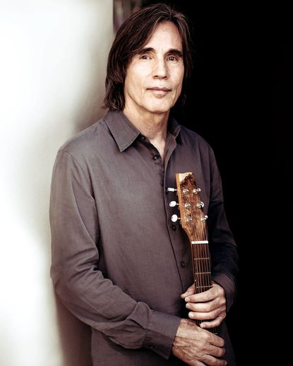 Live Review: Balladeer Jackson Browne shows a sense of humor in his lively concert at the Hippodrome